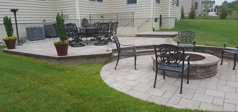 Custom patio and fire pit construction in Nokesville, VA.